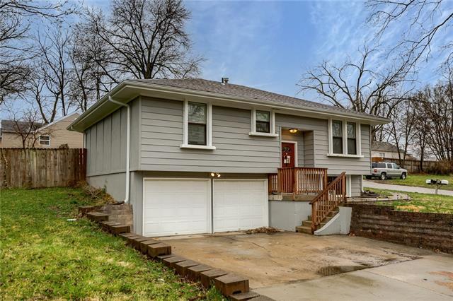4309 NE 45th Street Property Photo - Kansas City, MO real estate listing