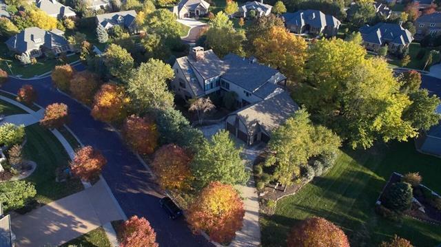 5805 W 131st Terrace Property Photo