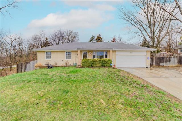 350 S 122nd Street Property Photo - Bonner Springs, KS real estate listing