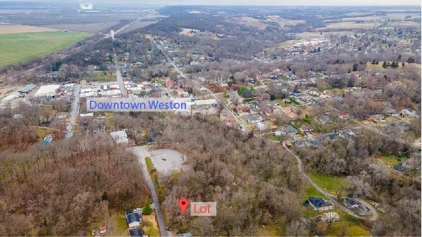 300 Thomas Street Property Photo - Weston, MO real estate listing