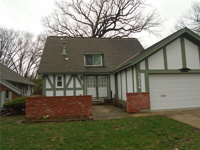 10174 Edelwei Circle Property Photo - Merriam, KS real estate listing