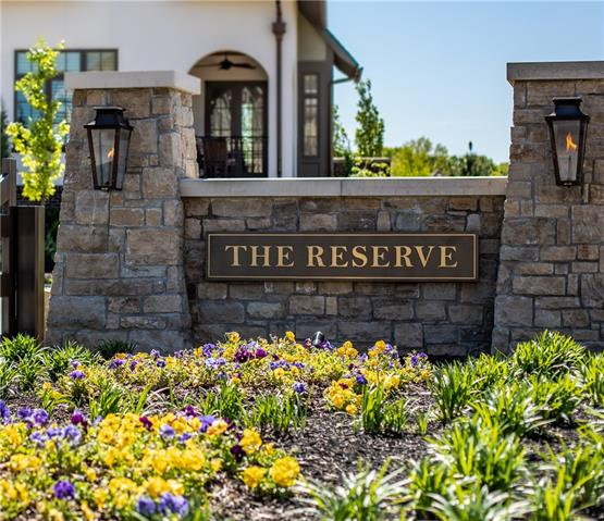 9358 Juniper Reserve Drive Property Photo - Prairie Village, KS real estate listing
