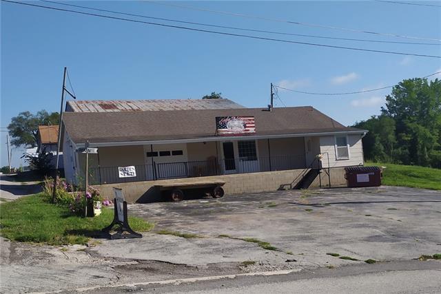 2502 Main Street Property Photo - Lexington, MO real estate listing