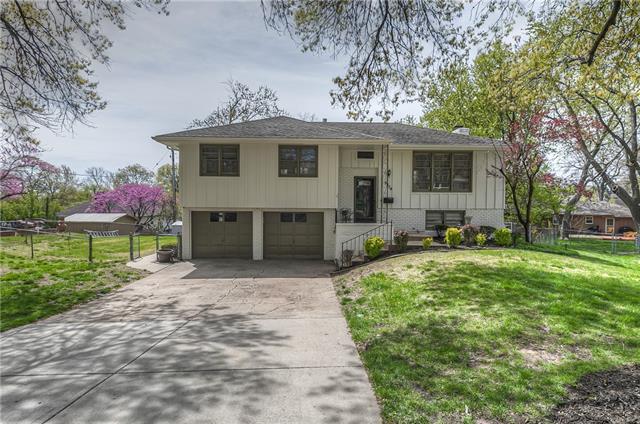 9224 Goddard Street Property Photo - Overland Park, KS real estate listing