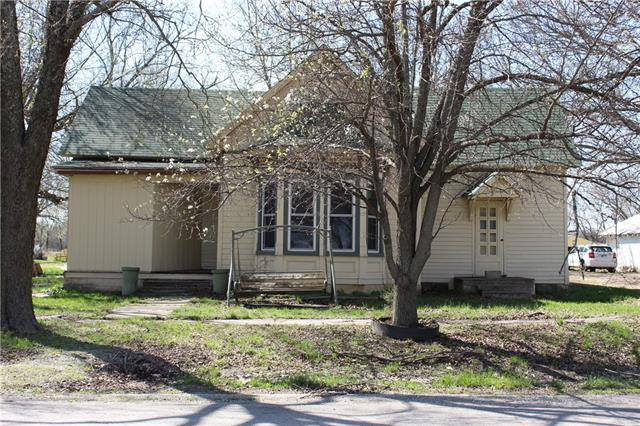 201 Washington Street Property Photo - Uniontown, KS real estate listing