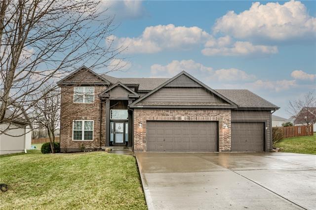 10603 NE 102nd Terrace Property Photo - Kansas City, MO real estate listing