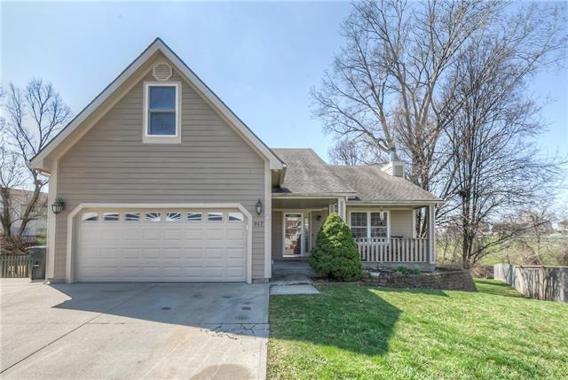 917 Village Street Property Photo - Leavenworth, KS real estate listing