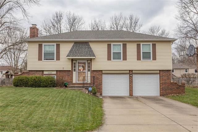 16009 W 153 Street Property Photo - Olathe, KS real estate listing