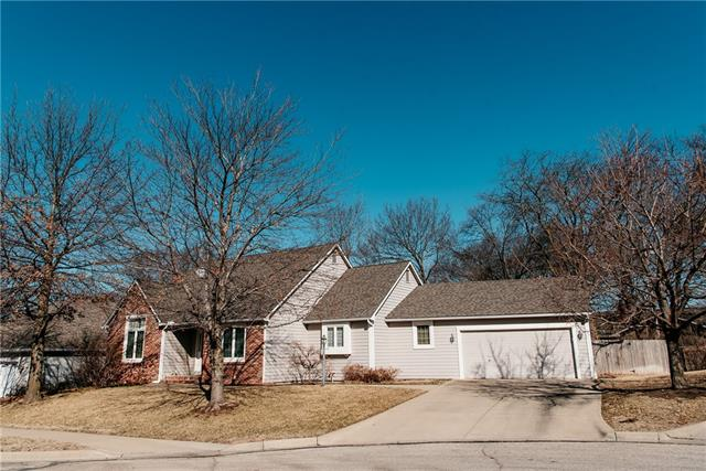 2306 Oxford Road Property Photo - Lawrence, KS real estate listing