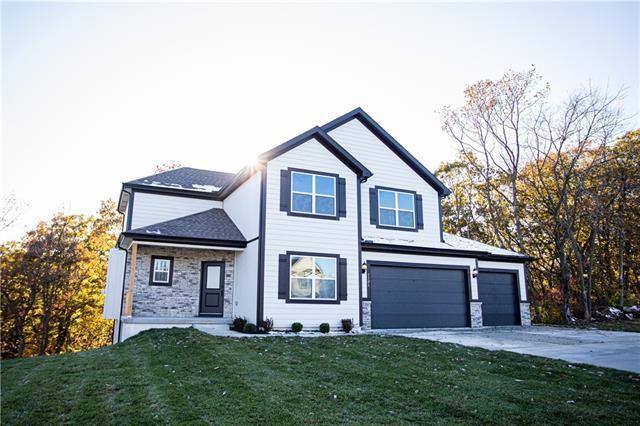 7505 N Amoret Court Property Photo - Kansas City, MO real estate listing
