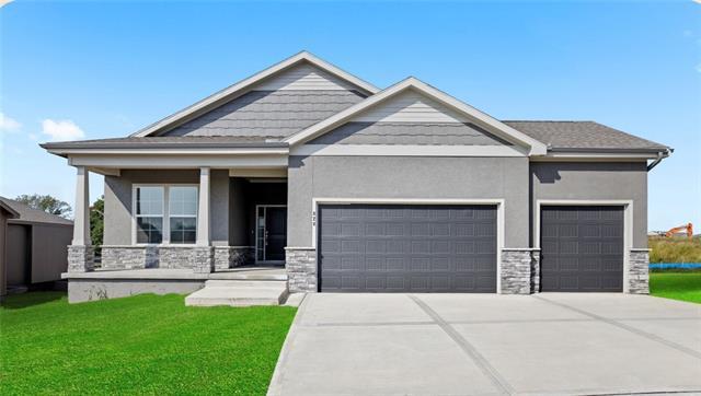 4950 NW Linder Lane Property Photo - Riverside, MO real estate listing