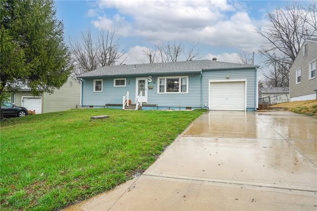 3606 NE 54th Street Property Photo - Kansas City, MO real estate listing