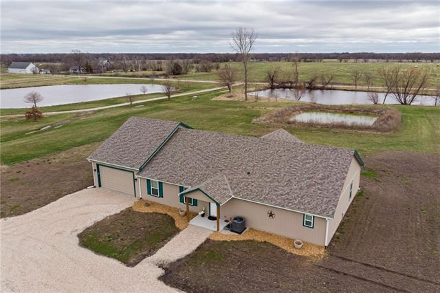 27405 S Freedom Road Property Photo - Harrisonville, MO real estate listing