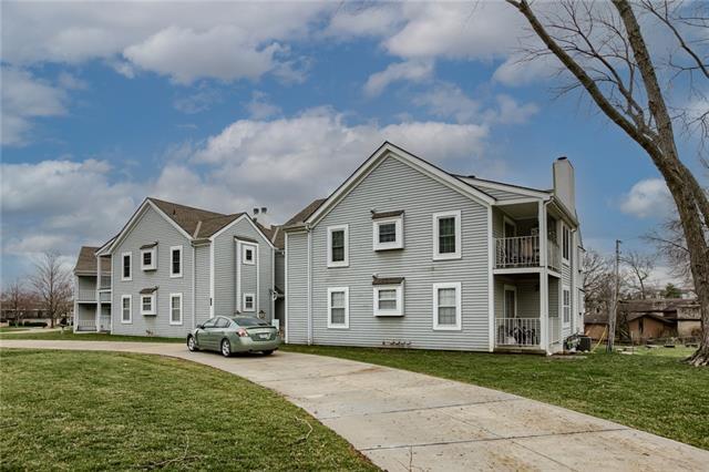 Concord Condo Real Estate Listings Main Image
