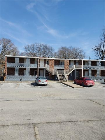 310 E Franklin Street Property Photo - Clinton, MO real estate listing