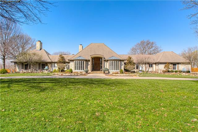 17900 Berryhill Drive Property Photo - Stilwell, KS real estate listing