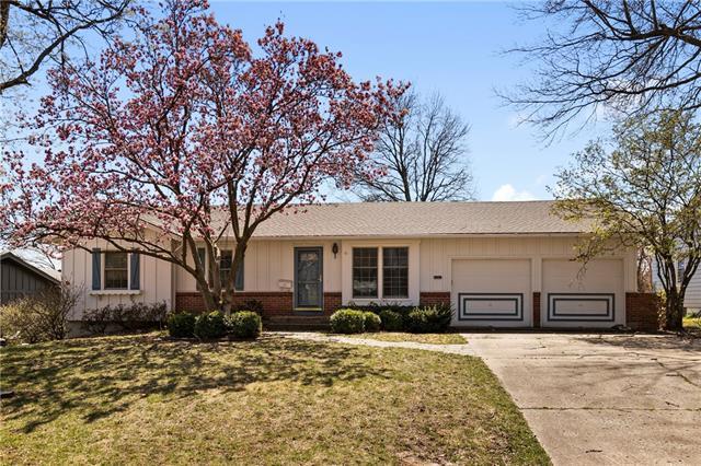 8909 W 94th Street Property Photo - Overland Park, KS real estate listing