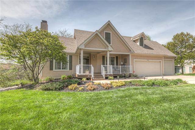 12510 Oakmont Street Property Photo - Overland Park, KS real estate listing