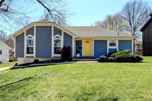 6613 E 123rd Terrace Property Photo - Grandview, MO real estate listing