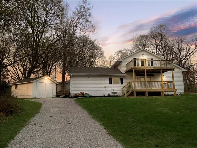 4104 N Mersington Avenue Property Photo - Kansas City, MO real estate listing