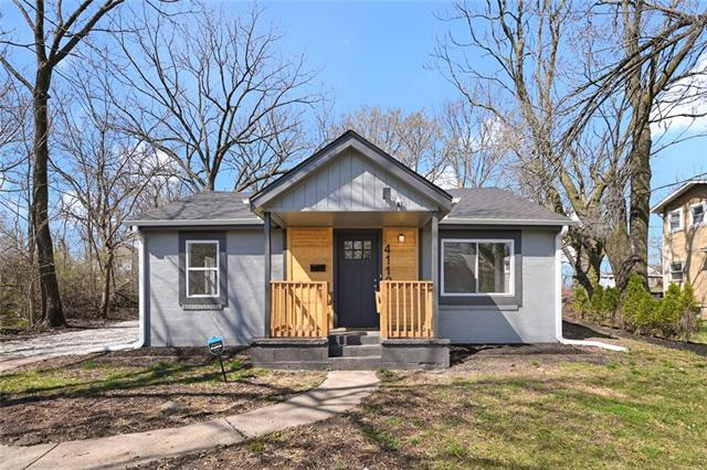 4112 Lloyd Street Property Photo - Kansas City, KS real estate listing