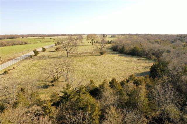 00002 Hedge Lane Property Photo - Fontana, KS real estate listing