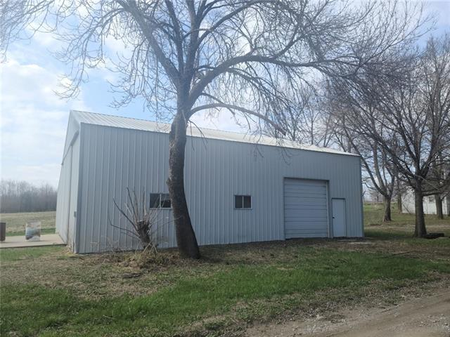 Locust Street Property Photo - Jameson, MO real estate listing