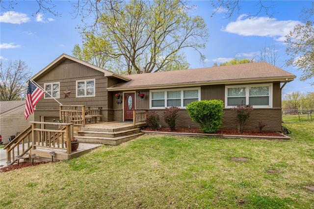 4518 N Askew Avenue Property Photo - Kansas City, MO real estate listing