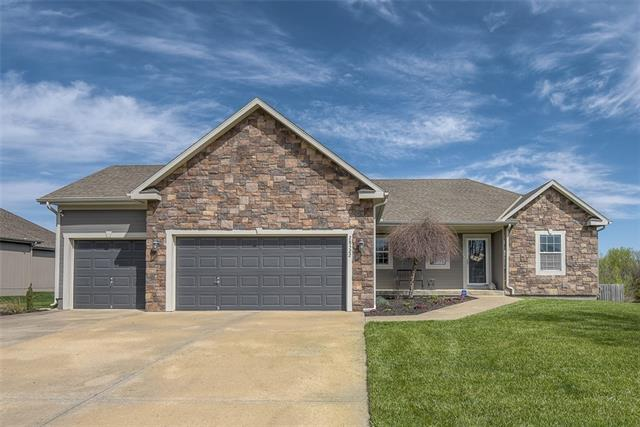 28522 W 160th Terrace Property Photo - Gardner, KS real estate listing