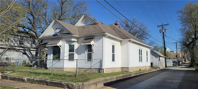 11 E 5th Street Property Photo - Fort Scott, KS real estate listing