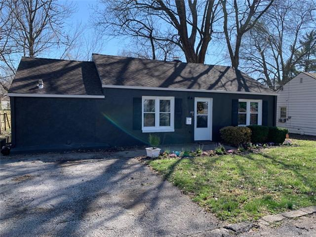 805 W 85th Terrace Property Photo - Kansas City, MO real estate listing