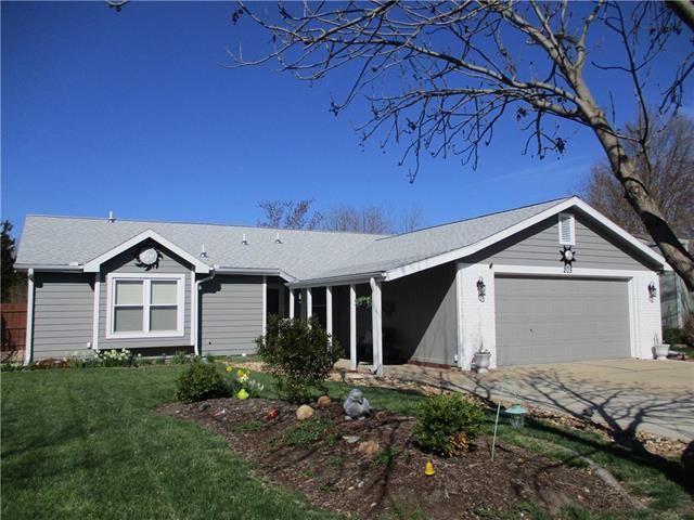 205 Sharon Drive Property Photo - Lawrence, KS real estate listing
