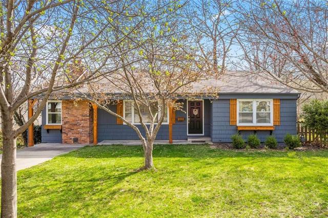 5539 Goodman Street Property Photo - Merriam, KS real estate listing