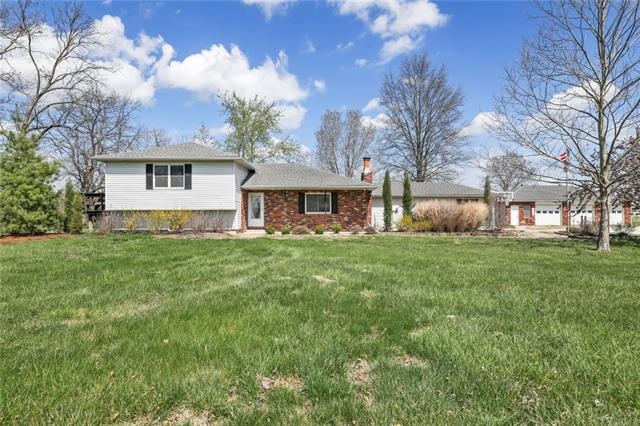 814 E Lincoln Street Property Photo - Lacygne, KS real estate listing
