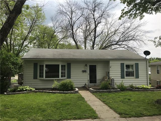 824 Garden Street Property Photo - St Joseph, MO real estate listing