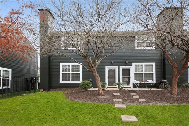 907 W 41st Place Property Photo - Kansas City, MO real estate listing