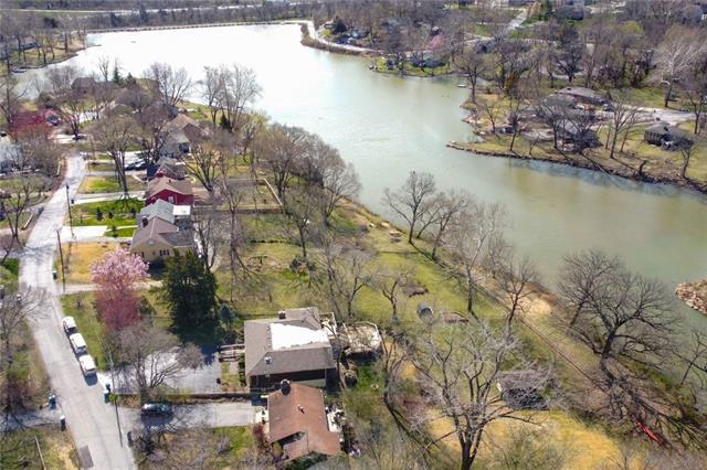 Houston Lake Real Estate Listings Main Image