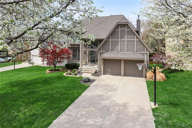 12190 S Widmer Street Property Photo - Olathe, KS real estate listing