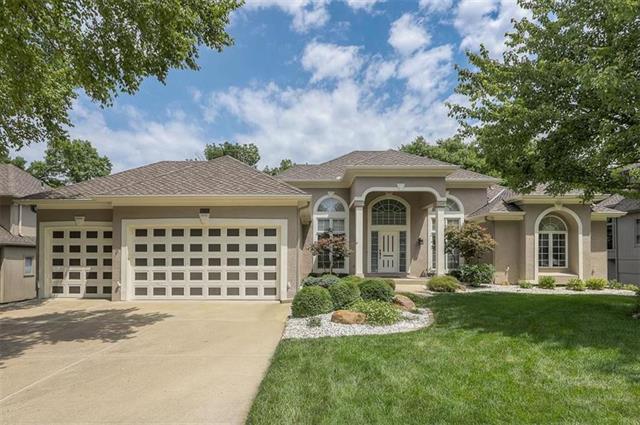 6225 Northlake Drive Property Photo 1