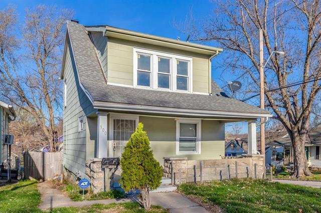 300 Bellaire Avenue Property Photo - Kansas City, MO real estate listing