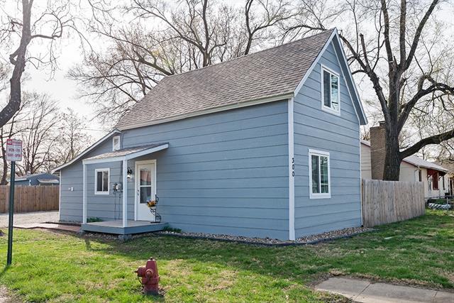 300 Park Street Property Photo - Linwood, KS real estate listing