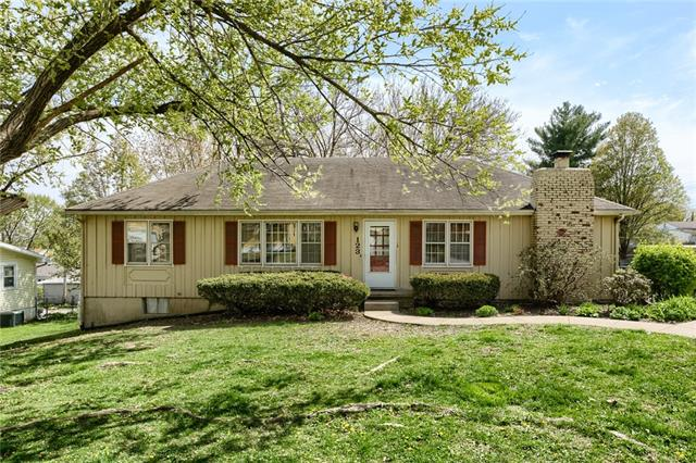 123 Southview Drive Property Photo - Excelsior Springs, MO real estate listing