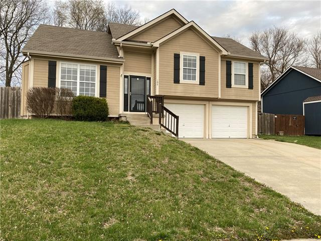 106 Echo Ridge Street Property Photo - Buckner, MO real estate listing