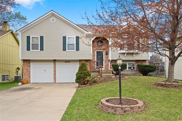 9713 W 51st Terrace Property Photo - Merriam, KS real estate listing