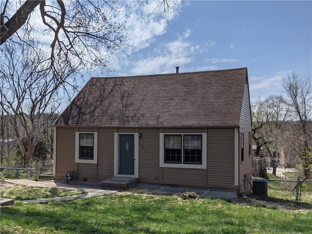 5030 BELMEADE Road Property Photo - Kansas City, MO real estate listing