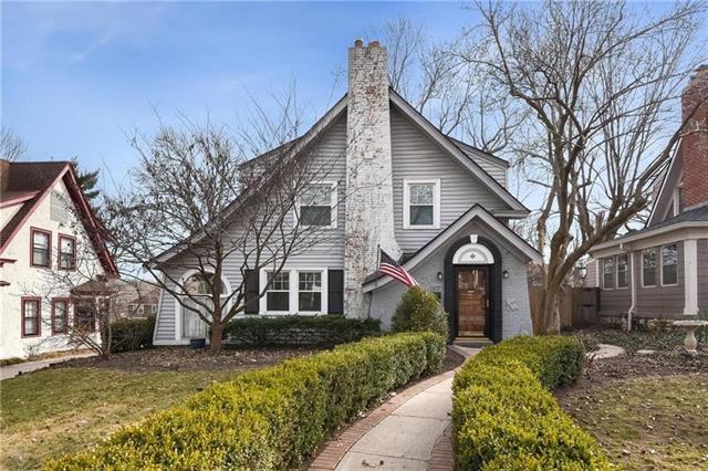 107 E WINTHROPE Road Property Photo - Kansas City, MO real estate listing