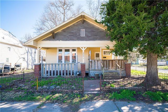 2504 Sylvanie Street Property Photo
