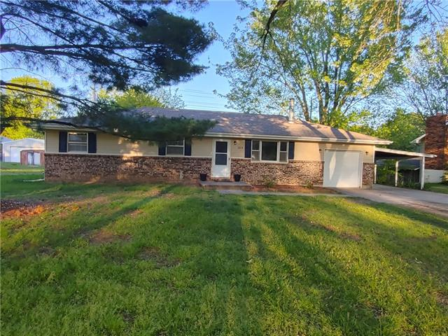 1603 S Ely Drive Property Photo - El Dorado Springs, MO real estate listing