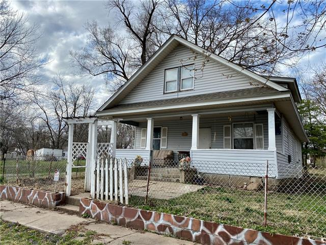 206 W Depot Street Property Photo - Plattsburg, MO real estate listing