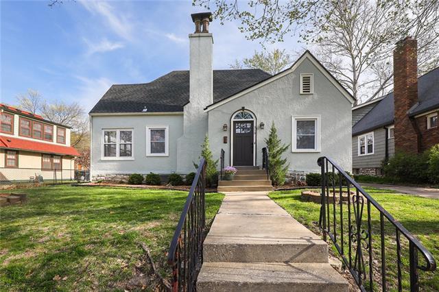 310 E 69th Street Property Photo